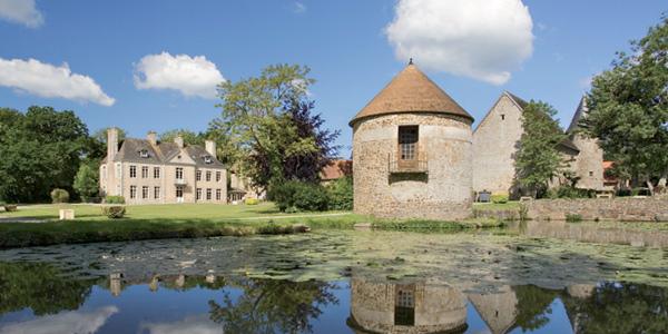 Chateaux Lez Eaux -St-Pair-Campsite-Normandy-River-S-2012